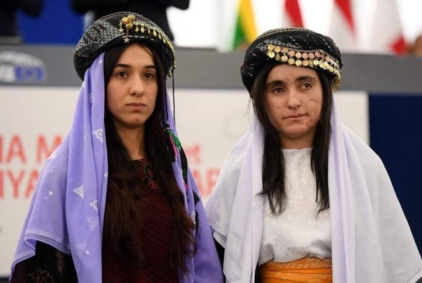 Nadia Murad (kiri) dan  Lamiya Aji Bashar, dua perempuan yang jadi korban seks ISIS