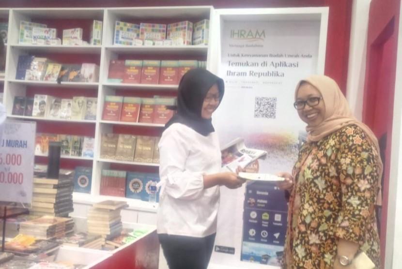 Naja Travel bekerja sama dengan Ihram Republika menawarkan program umrah berhadiah buku kepada para pengunjung Islamic Book Fair (IBF) 2019.