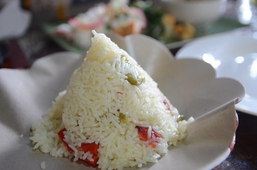 Pelopor kuliner nasi liwet domba dari Kabupaten Garut, Jawa Barat, mengenalkan produknya ke mancanegara, khususnya negara Timur Tengah agar kuliner Indonesia bisa lebih dikenal luas dan diminati orang asing yang dapat memberikan keuntungan secara ekonomi. (Foto ilustrasi nasi liwet)