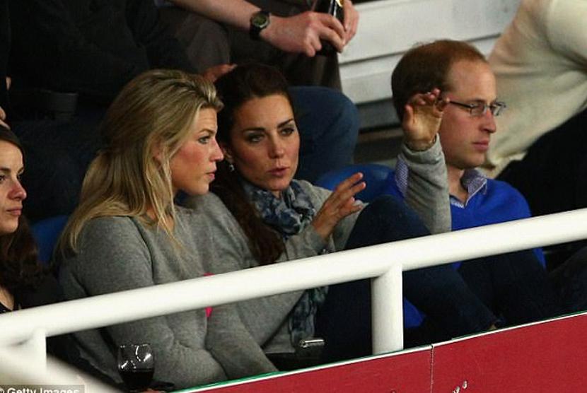 Natasha Archer (kiri) dan Kate Middleton