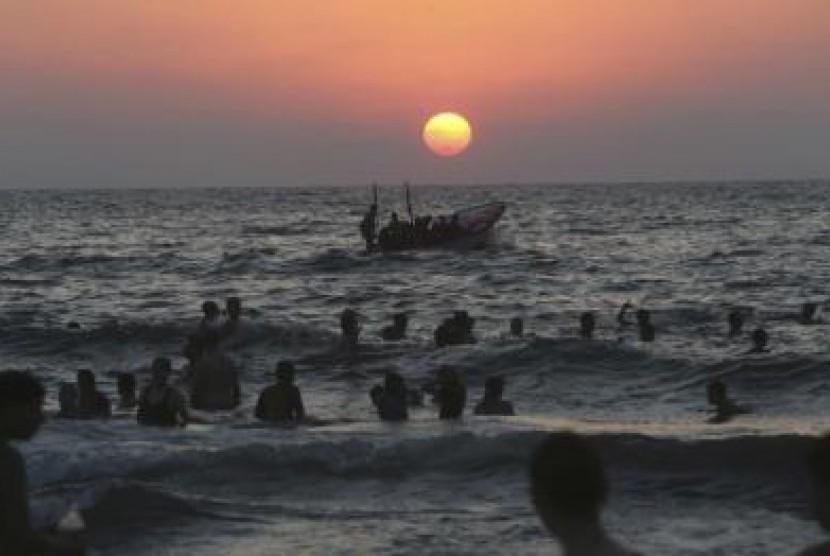 Nelayan Gaza akhirnya bisa melaut kembali usai 50 hari serangan militer Israel ke Gaza, Palestina.