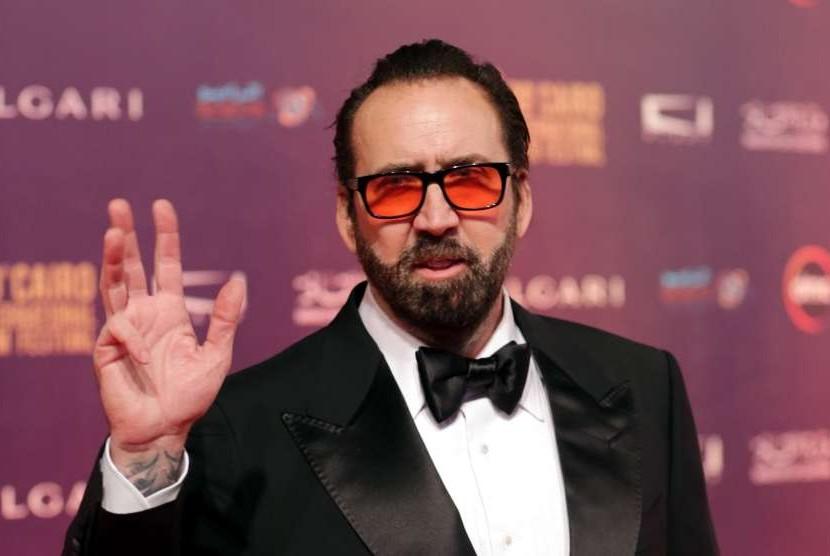 Nicolas Cage sempat dipertimbangkan memerankan Iron Man.