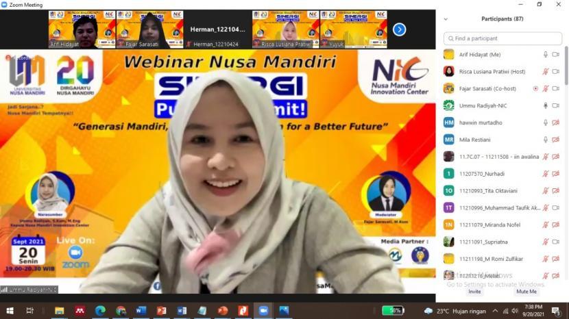Nusa Mandiri Innovation Center (NIC) webinar Sinergi yang mengusung tema Generasi Mandiri, Show Your Innovation for a Better Future, Senin (20/9).