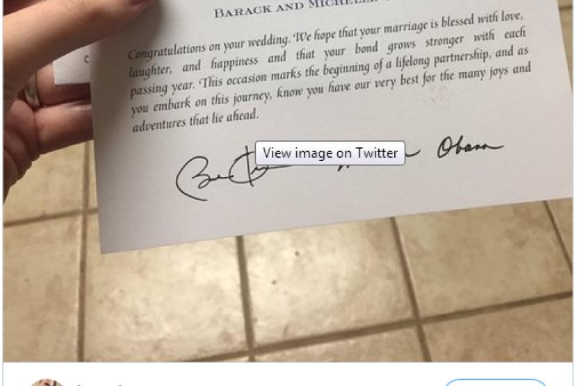 Obama membalas undangan pernikahan