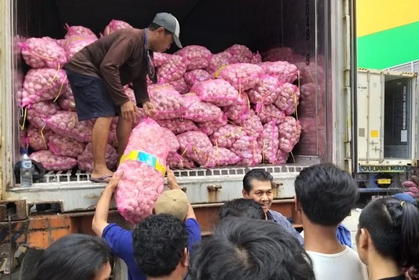 OP Bawang di Mamuju Sulawesi Barat