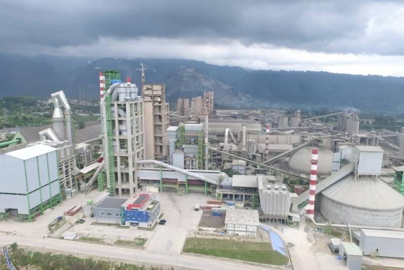 Pabrik Semen Indarung VI yang akan diresmikan Presiden Jokowi, pekan depan.