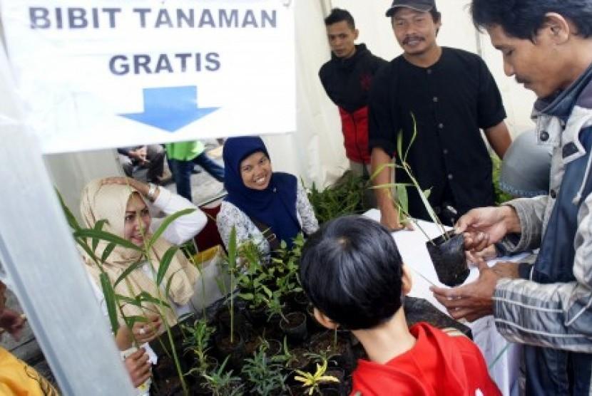 Pameran hasil pertanian pada acara Bandung Agri Market (BAM) yang diselengarakan Dinas Pertanian dan Ketahanan Pangan Kota Bandung, Jawa Barat, Ahad  (13/12)