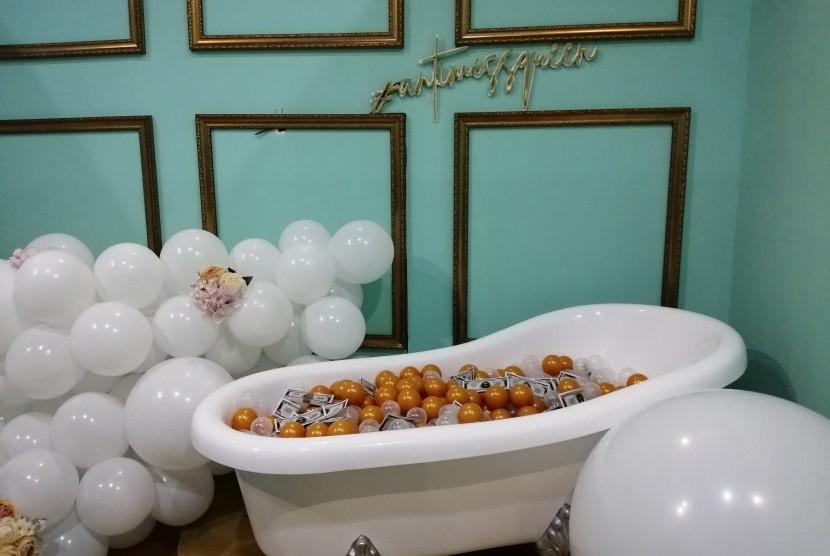 Pameran instalasi Baluun by Haluu World bertema balon hadir di The Warehouse Plaza Indonesia Level 5, Jakarta, Juni sampai Agustus 2019.