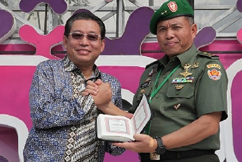 Pangdam IV/ Diponegoro Mayjen Sunindyo