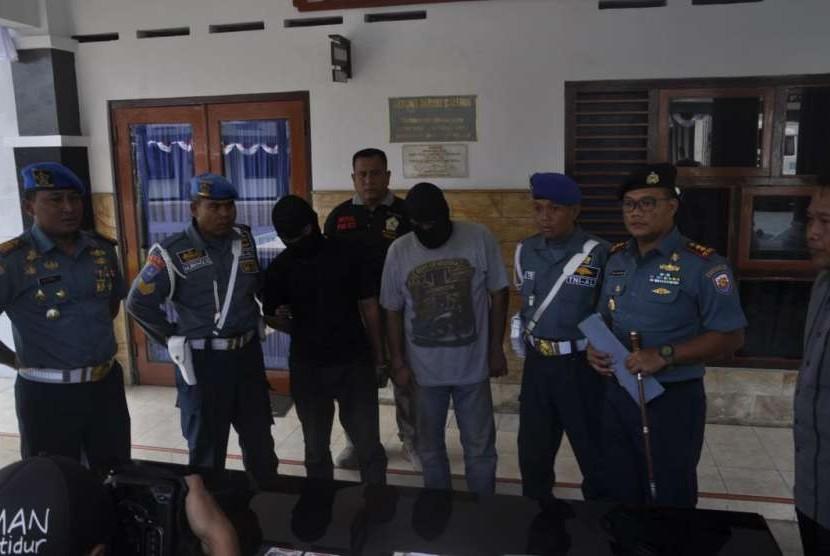 Jajaran TNI-AL Tegal berhasil mengungkap kasus illegal oil di Kota Tegal