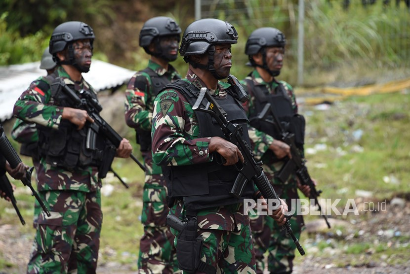 [ilustrasi] Prajurit TNI yang tergabung dalam Satgas Pembebasan Sandera melawan Kelompok Kriminal Bersenjata (KKB) di Papua.