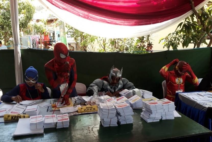 Ilustrasi pemungutan suara pada Pemilu 2019 di Surabaya, Jawa Timur.