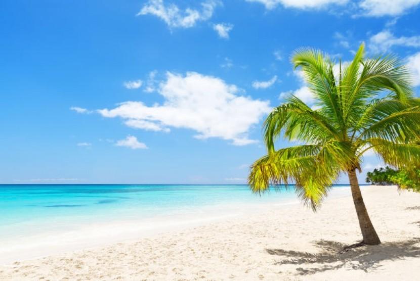 Pantai Toronipa Konawe Dikunjungi Ribuan Wisatawan | Republika Online