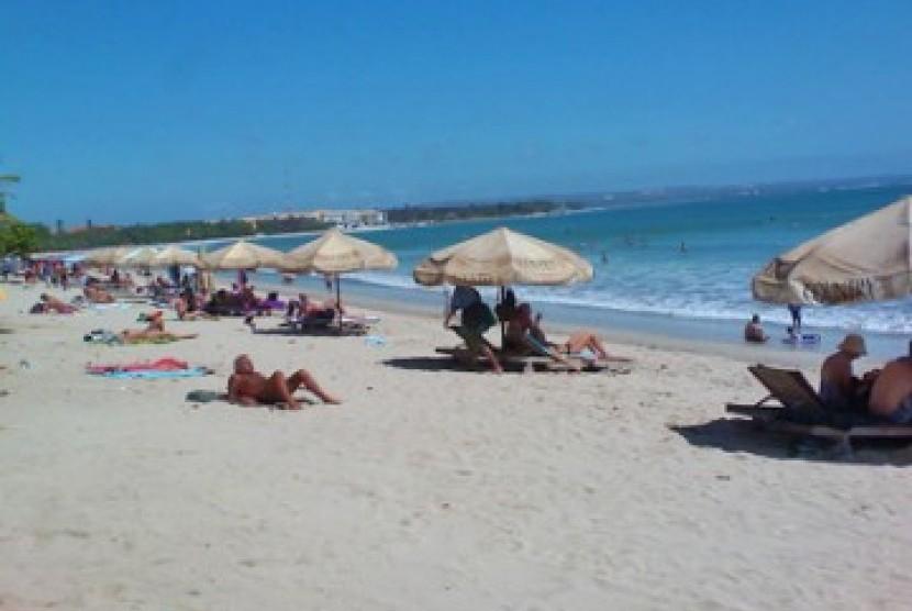 Pantai. Ilustrasi.