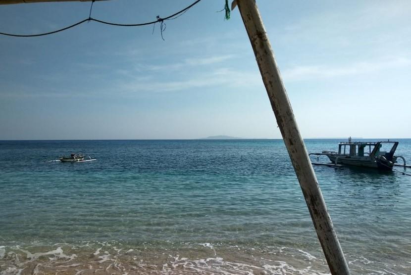 Pantai Pandanan di Kecamatan Pemenang, Kabupaten Lombok Utara, NTB, Jumat (7/6).