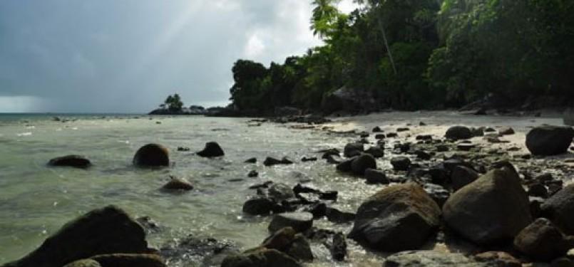 Pantai Pulau Berhala
