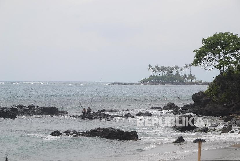 Pantai Senggigi, Lombok, NTB.