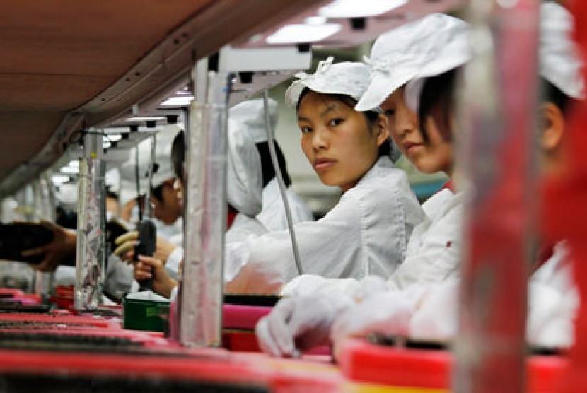 Para pekerja Foxconn di Cina