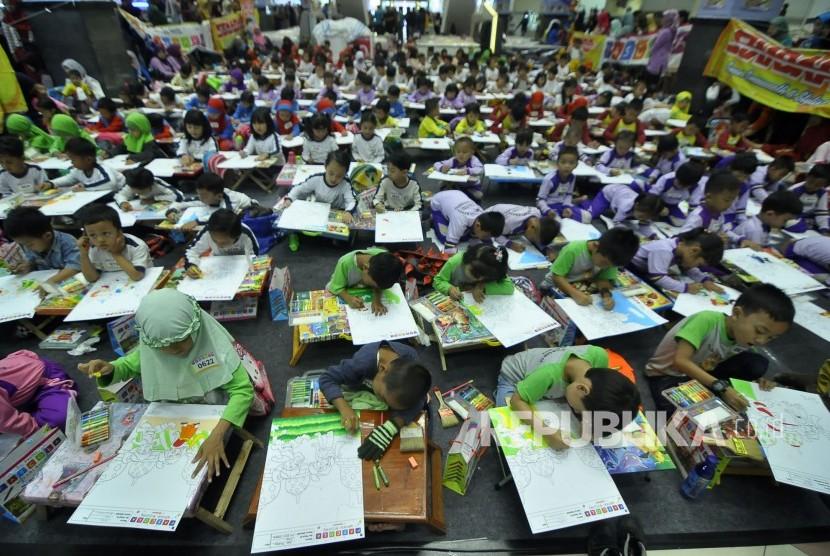 Lomba Mewarnai Nusantara Republika Online