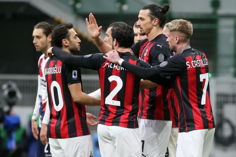 Milan Kembali Ke Puncak Klasemen Serie A Republika Online