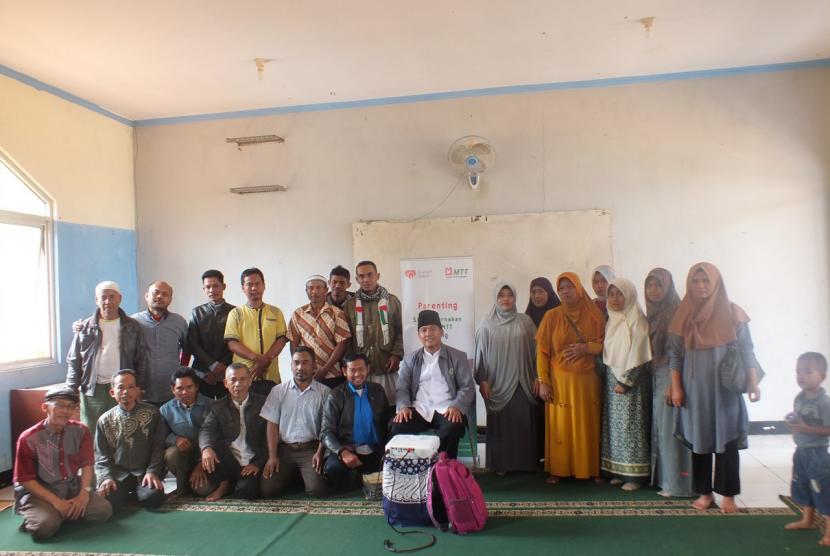 Parenting school di SMK Juara.