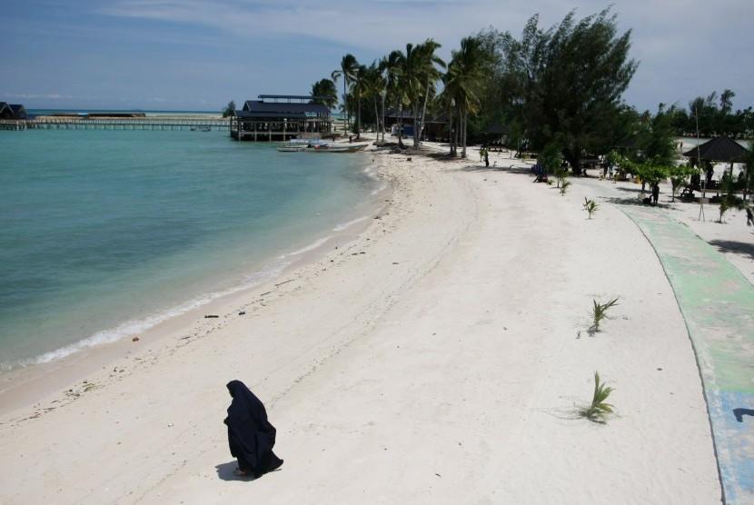 Pariwisata Indonesia (ilustrasi). Legislator soroti rencana pemerintah menggabungkan BUMN Penerbangan dan Pariwisata.