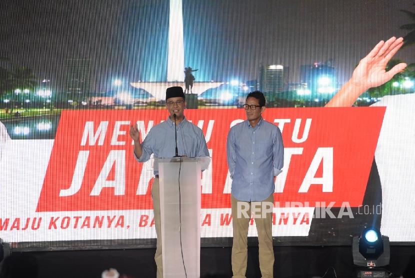 Gubernur dan wakil gubernur DKI Jakarta terpilih Anies Baswedan - Sandiaga Uno.