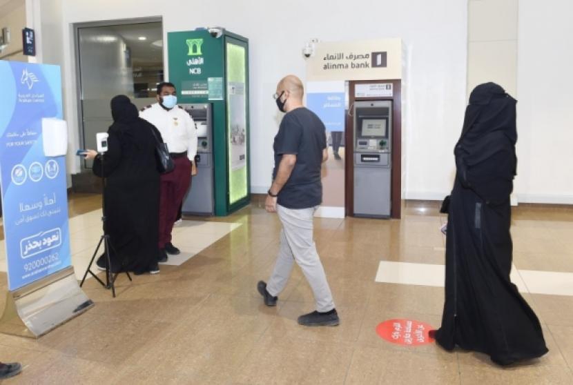 Pasar dan pusat perbelanjaan di Saudi
