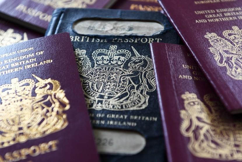 Paspor dari sejumlah negara.