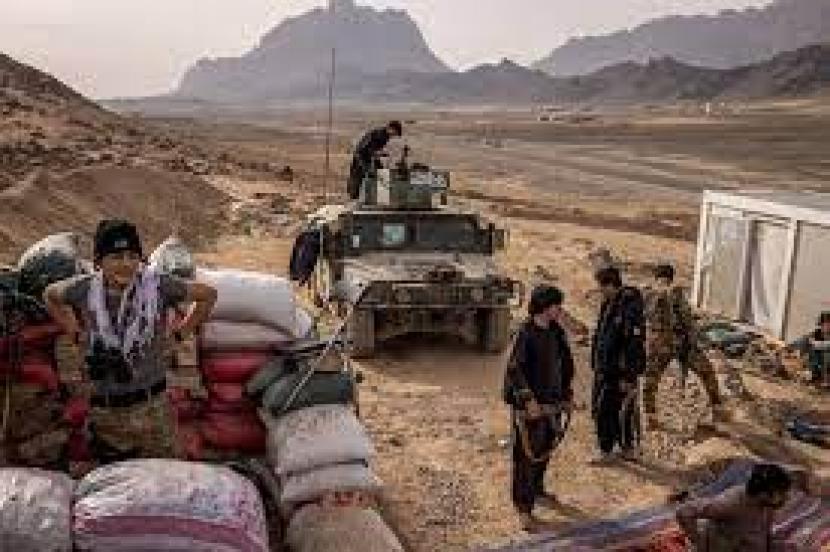 Pasukan AS menghadapi perlawanan Taliban di Afghanistan.