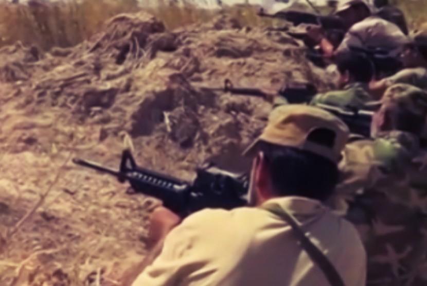 Pasukan Irak melawan gerakan ISIS