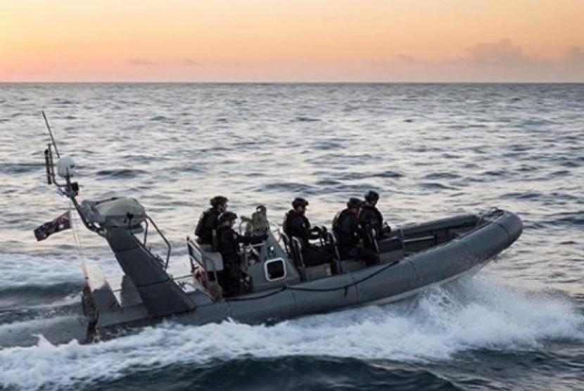 Patroli penjaga pantai Australia.