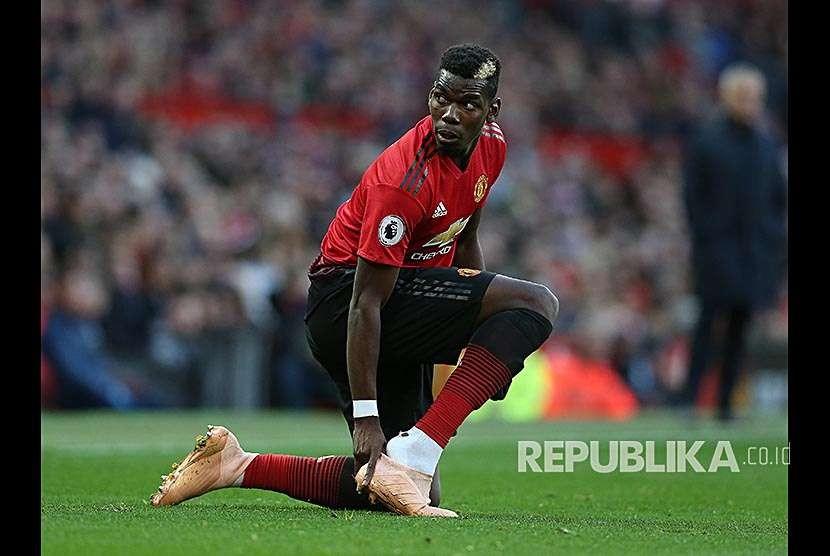 Paul Pogba pada pertandingan Liga Primer Inggris antra Manchester United melawan Newcastle United di stadion, Old Trafford, Sabtu (6/10) waktu setempat.