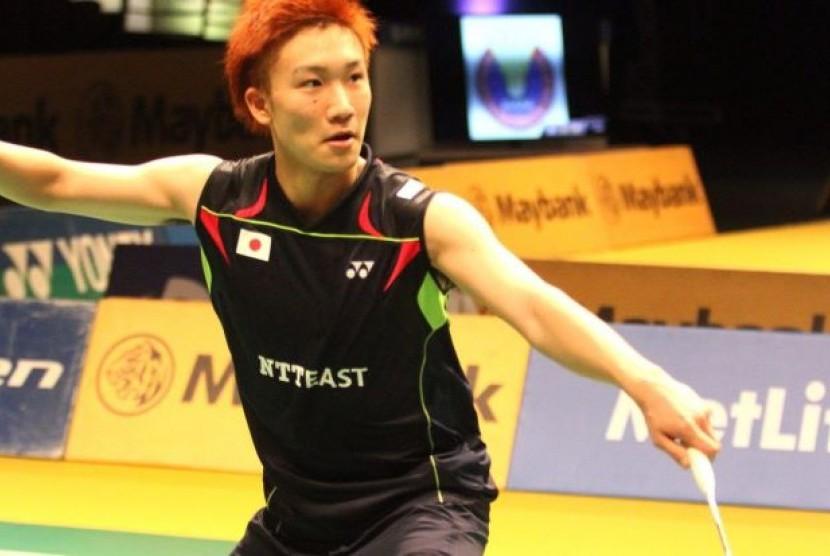 Pebulu tangkis putra Jepang,  Jepang Kento Momota.