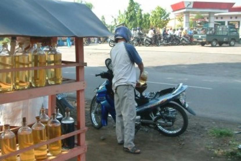 Pedagang bensin eceran