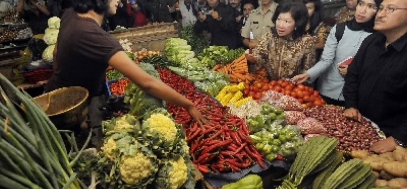 Pedagang sayur mayur di pasar tradisional (ilustrasi).
