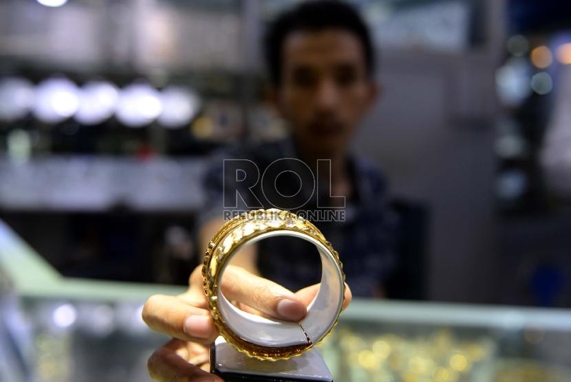 Berniat Menjual Perhiasan Emas Ikuti Cara Cara Ini
