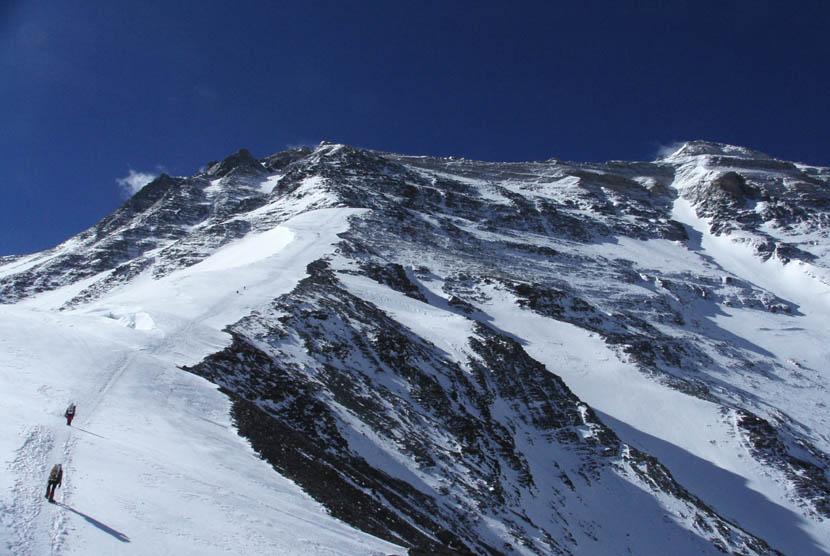 Pegunungan es.    (ilustrasi)