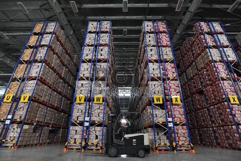 Jokowi Minta Perusahaan Simpan Barang Di Pusat Logistik Berikat Republika Online