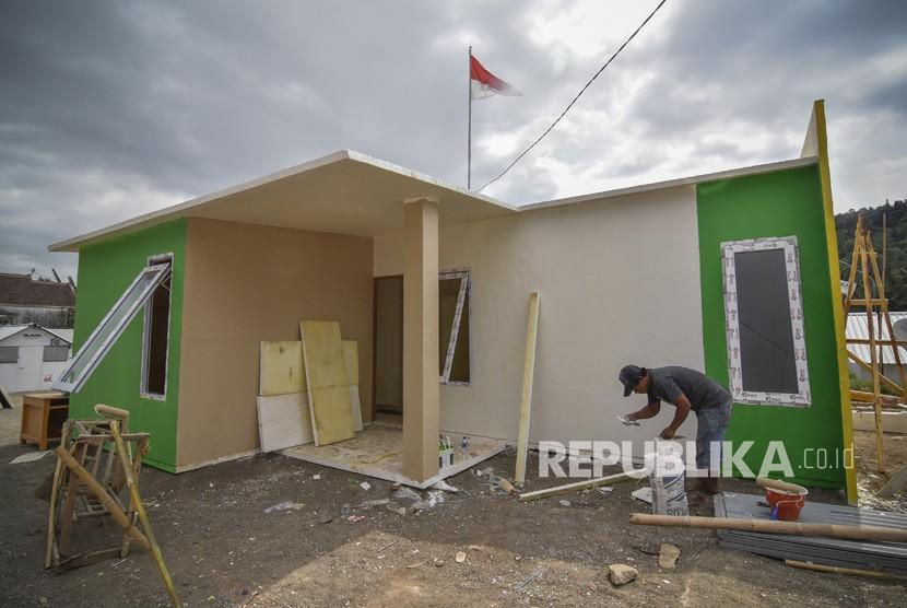 New houses built for quake victims in Kekait Village, Gunungsari, West Lombok, West Nusa Tenggara.