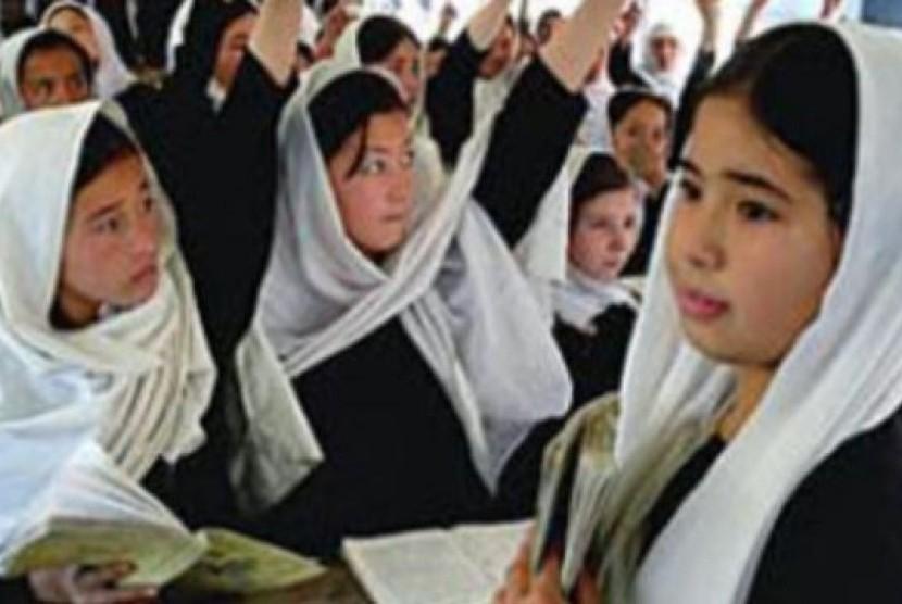 Pelajar putri Afghanistan