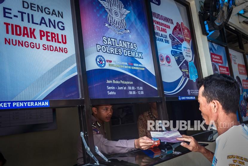 Polres Banyumas Akan Uji Coba Tilang Elektronik Republika