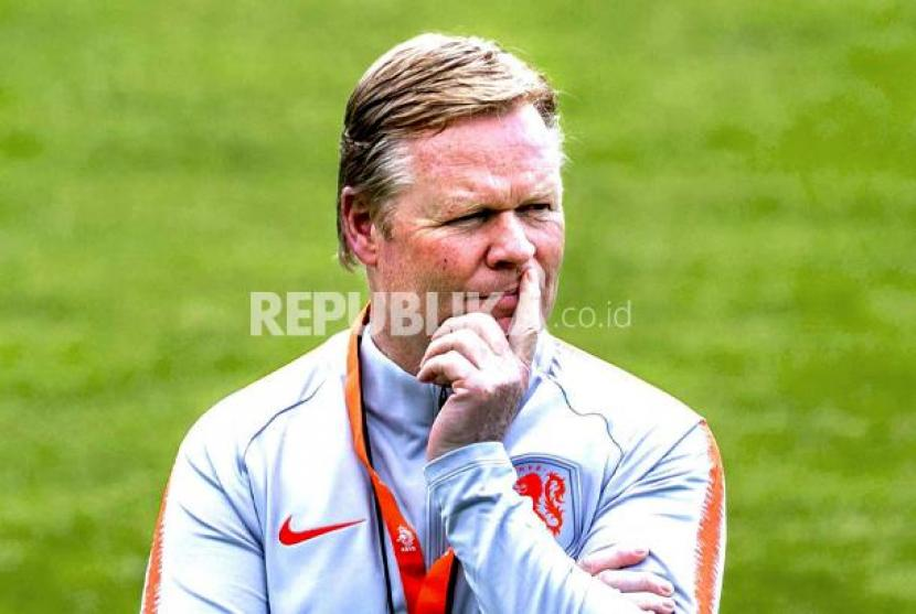 Pelatih Barcelona Ronald Koeman