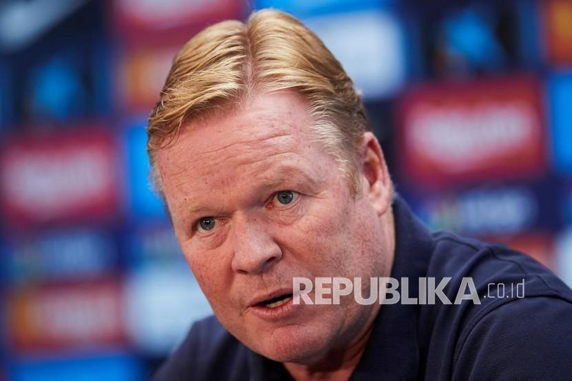 Ronald Koeman dipecat dari kursi pelatih Barcelona.