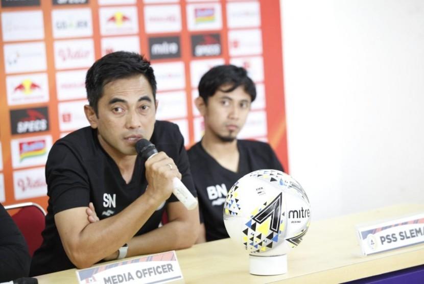 Pelatih PSS Sleman Seto Nurdiantoro