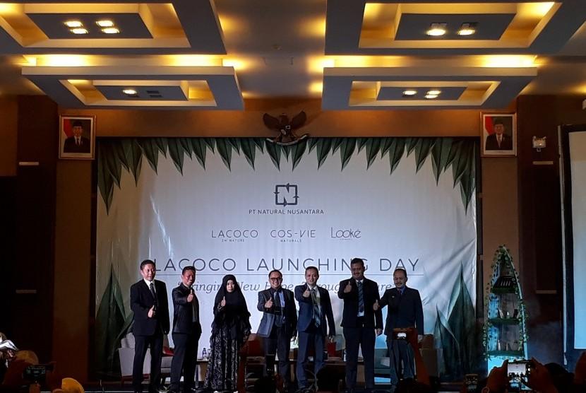 Peluncuran produk PT Natural Nusantara.