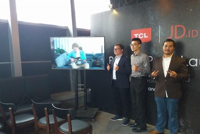 Peluncuran TCL A8 4K Android TV di Jakarta, Jumat (2/8).