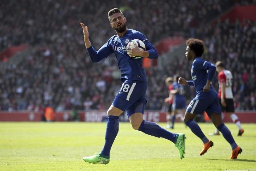 Pemain Chelsea Olivier Giroud merayakan selebrasi setelah mencetak gol ke gawang Southampton