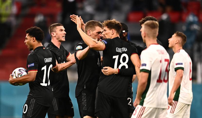 Pemain Jerman merayakan gol penyama kedudukan 1-1 pada pertandingan sepak bola babak penyisihan grup F UEFA EURO 2020 antara Jerman dan Hongaria di Munich, Jerman, 23 Juni 2021.