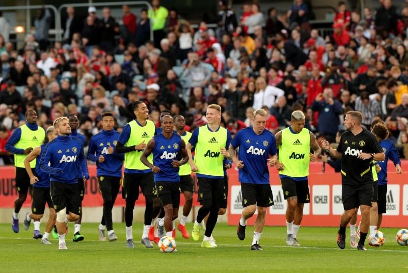 Pemain Manchester United menggelar sesi latihan di WACA, Perth, Australia, pada 11 Juli 2019.